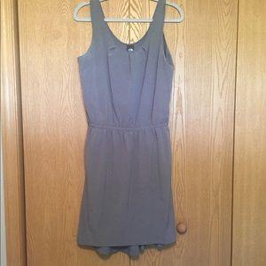 North Face summer dress in grey - Sz 8